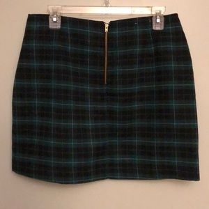 Old Navy Skirts - Green/black/white plaid Old Navy skirt